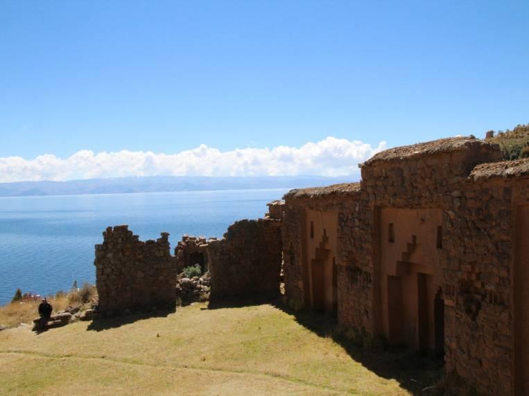 En tu viaje por Bolivia no puede faltar una parada en esta isla sagrada.