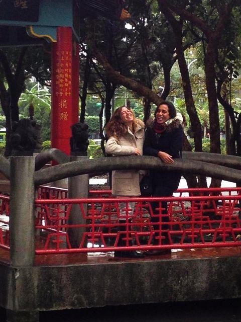Foto de mi visita a Rosalía en Taiwán. ¡No hace falta decir lo bien que lo pasamos!