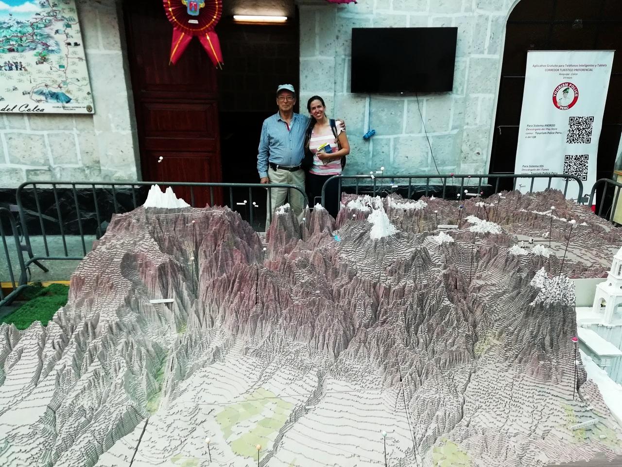 Arequipa en tres días: maqueta del Cañón del Colca
