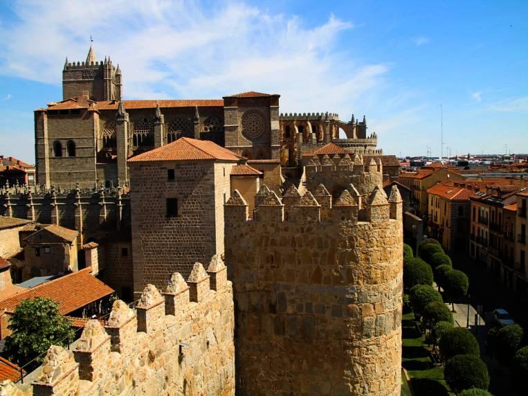 Qué ver en Ávila en dos días: subir a la muralla.