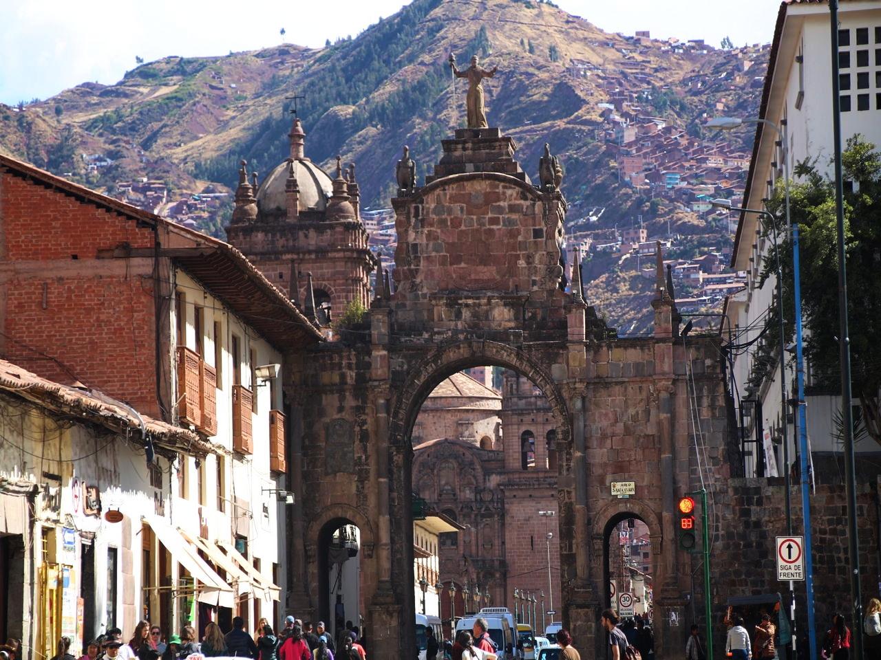 Cuzco en 3 días y alrededores: plaza de San Francisco.