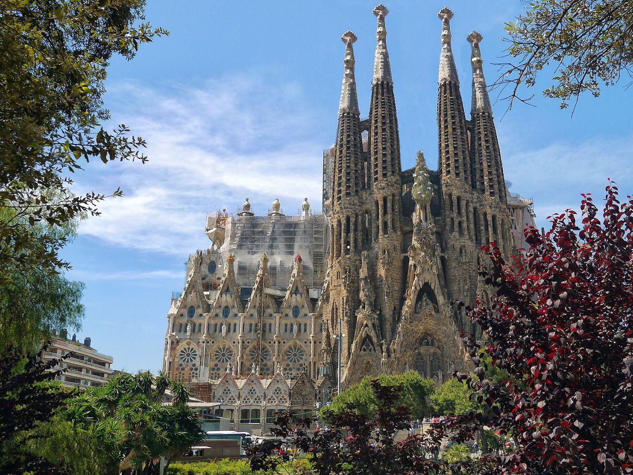Sagrada Familia de Barcelona. Imagen de Patrice Audet en Pixabay.