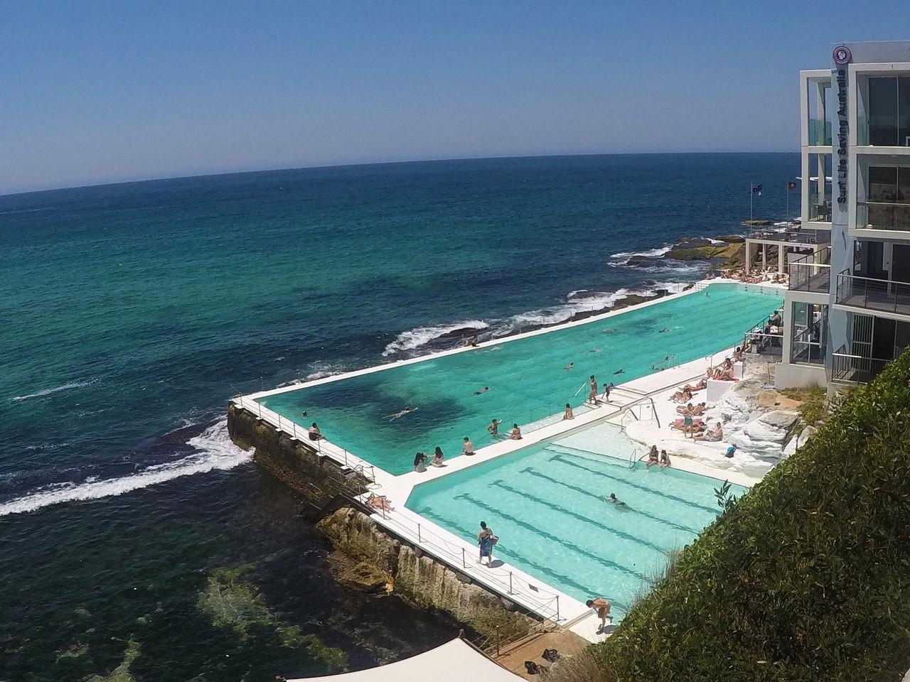 En las piscinas de agua salada de Sydney no hay peligro de tiburones.