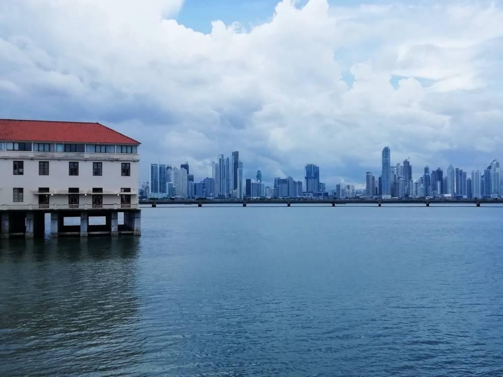 En tu viaje por Panamá en una semana no pueden faltar las vistas a los rascacielos.