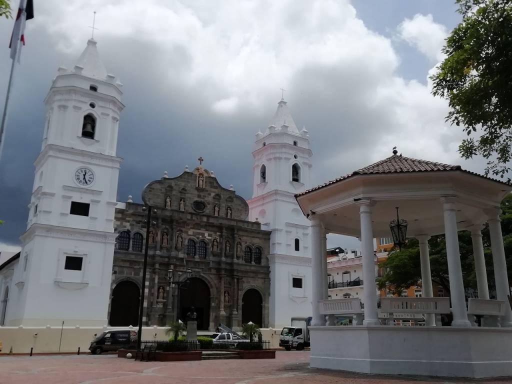 Qué ver en Ciudad de Panamá: Catedral Basílica Santa María La Antigua.