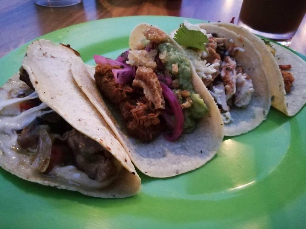 Dónde comer en Ciudad de Panamá en una azotea: Tacos La Neta.