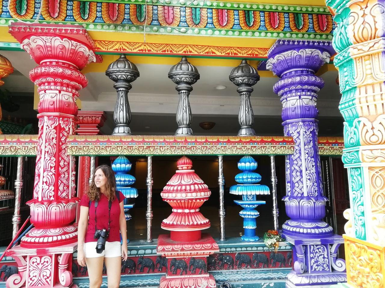 Te cuento cómo llegar a Batu Caves desde Kuala Lumpur para visitar este santuario hinduista.