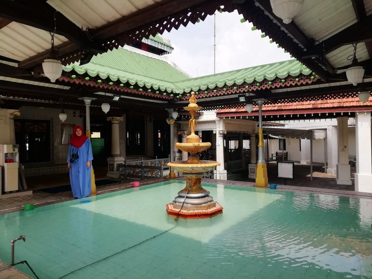 Patio de la mezquita Masjid Kampung Kling.