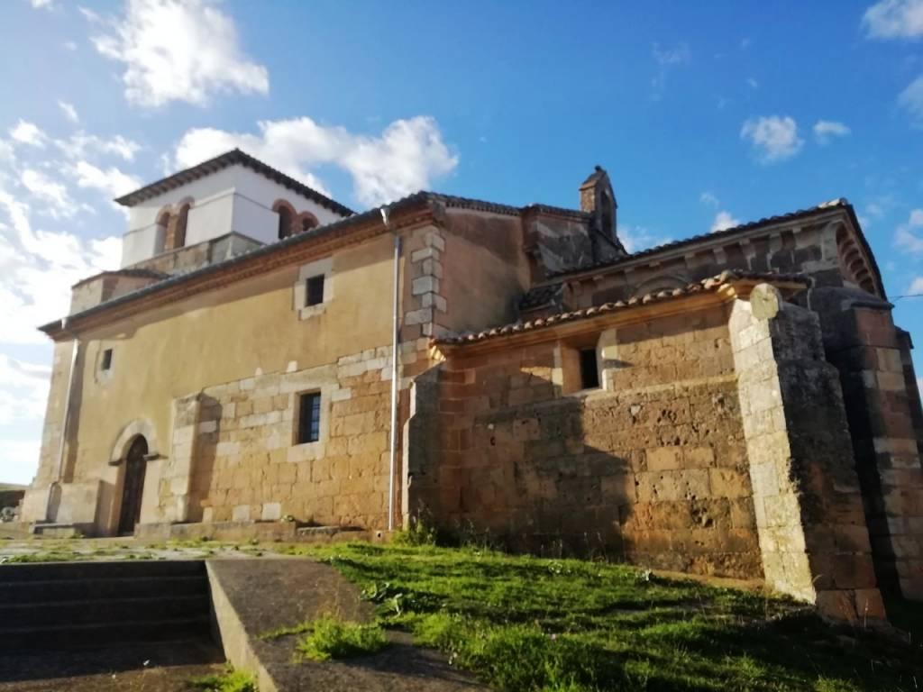 Iglesia de Santa Eufemia de Cozuelos, Olmos de Ojeda.