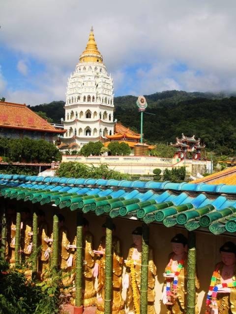 Otro imprescindible en Malasia en 10 días es el templo Kek Lok Si, en George Town. ¡Un remanso de paz!