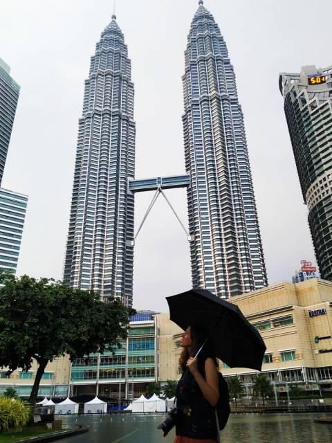 Seguro que en tu viaje por Malasia no te perderás las Petronas, las torres gemelas más altas del mundo.