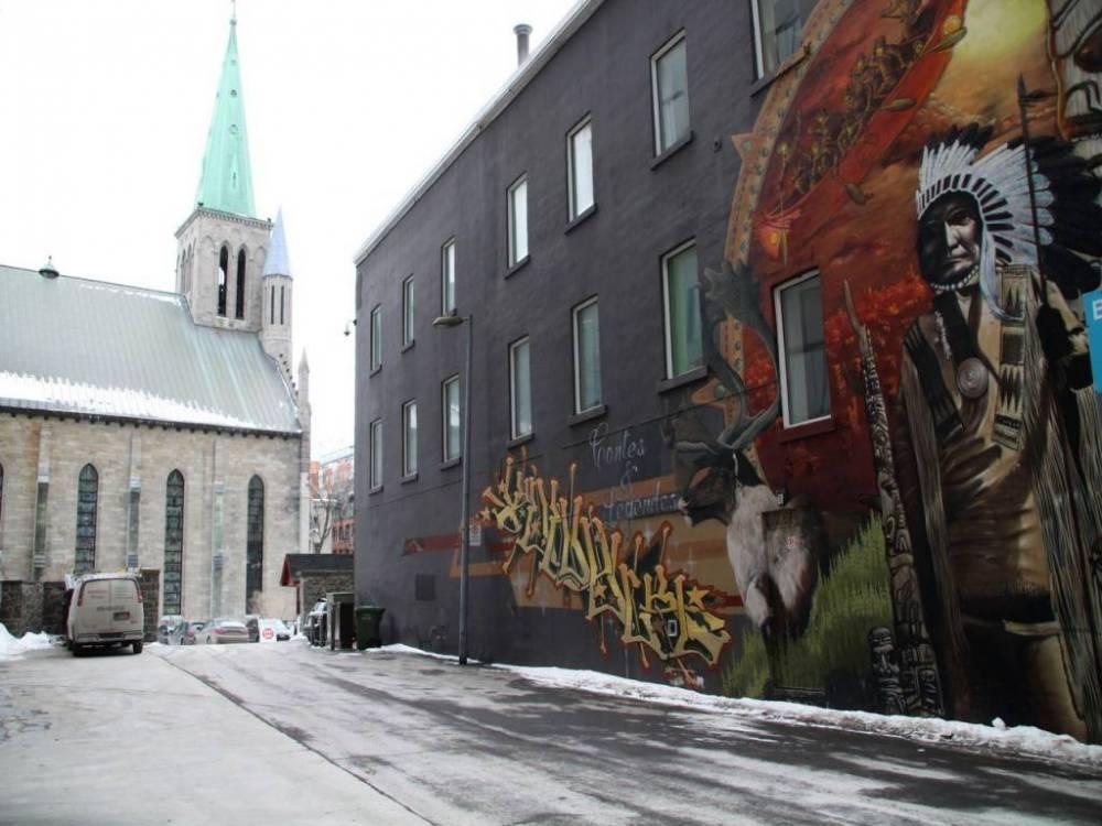 Me encantó pasear por Montreal para ver los murales de arte urbano.