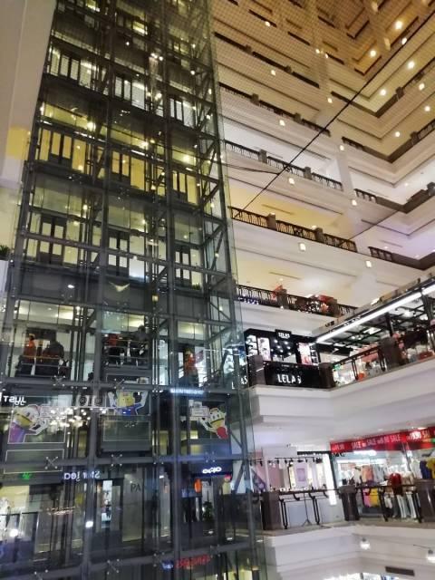 Qué ver en Kuala Lumpur: centros comerciales mastodónticos.