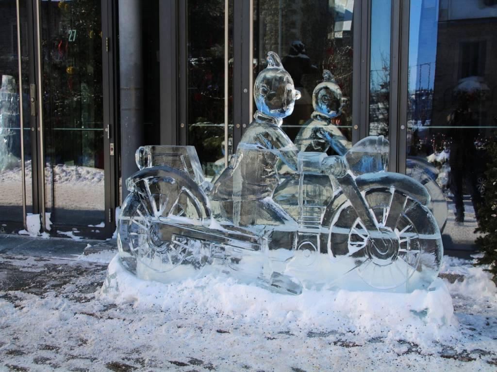 Las calles de Quebec estaban repletas de esculturas de hielo de Tintin.