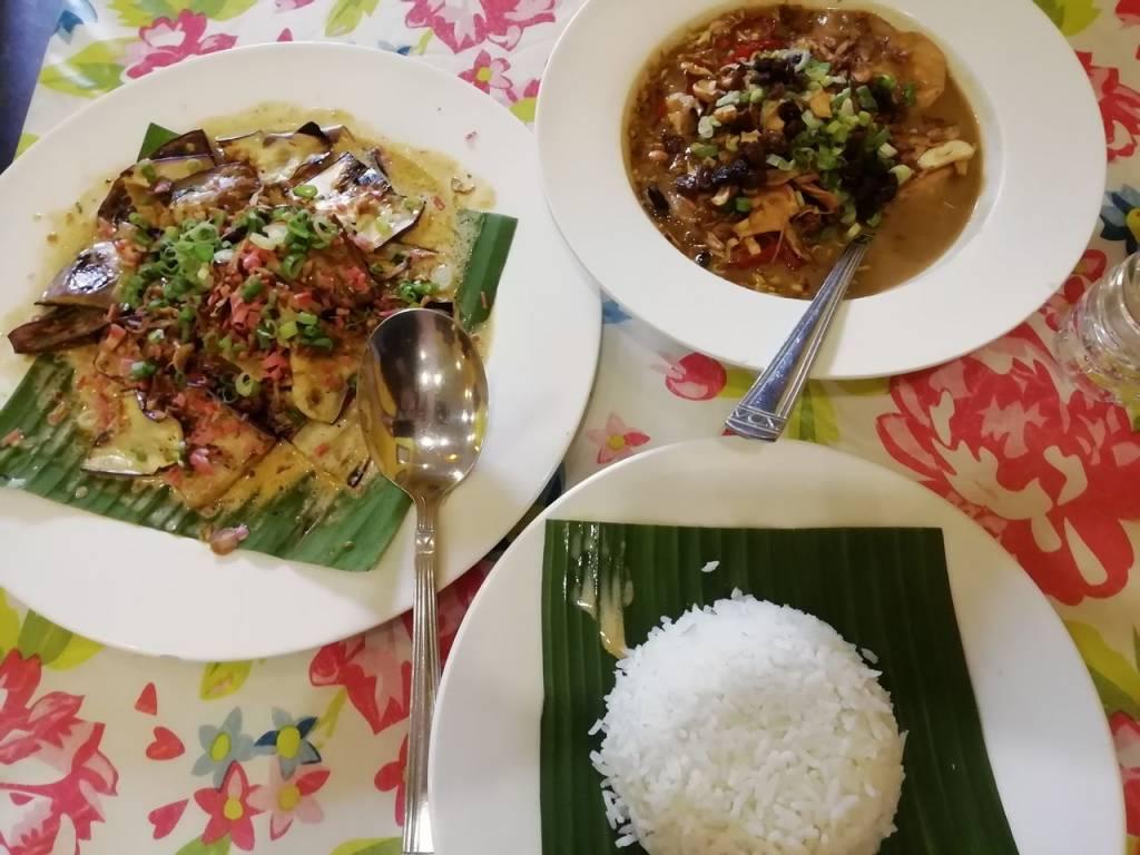 No te vayas sin probar la gastronomía malaya y nyonya (fusión china-malaya) en Sarang Cookery.
