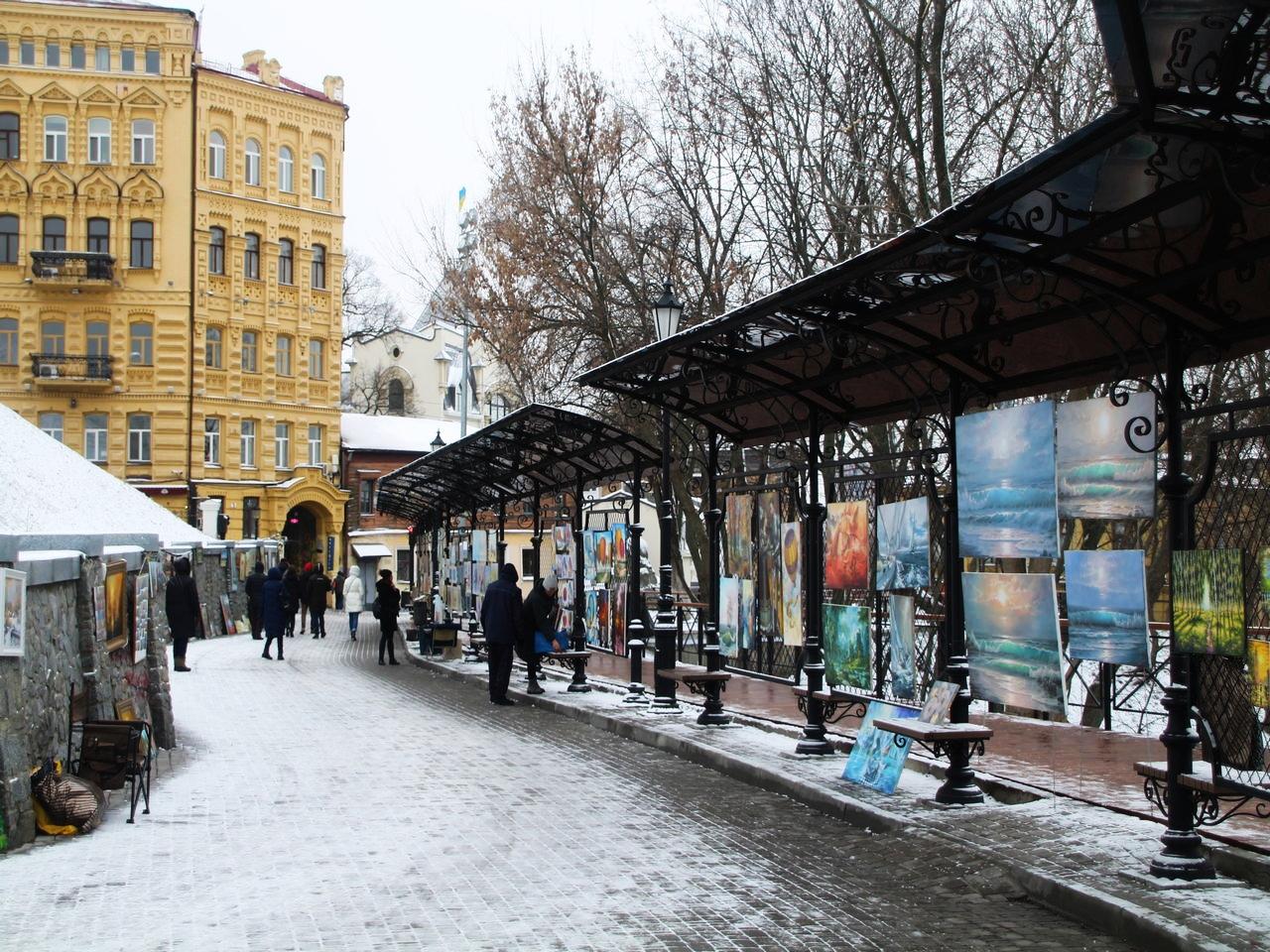 El callejón Artists Alley junto al descenso de San Andrés, es una de mis zonas favoritas de Kiev.