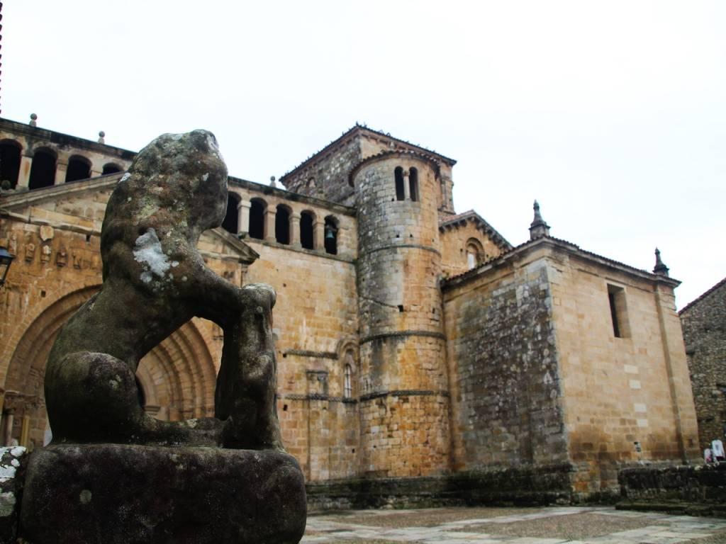 Santillana del Mar es uno de los pueblos más bonitos de España.
