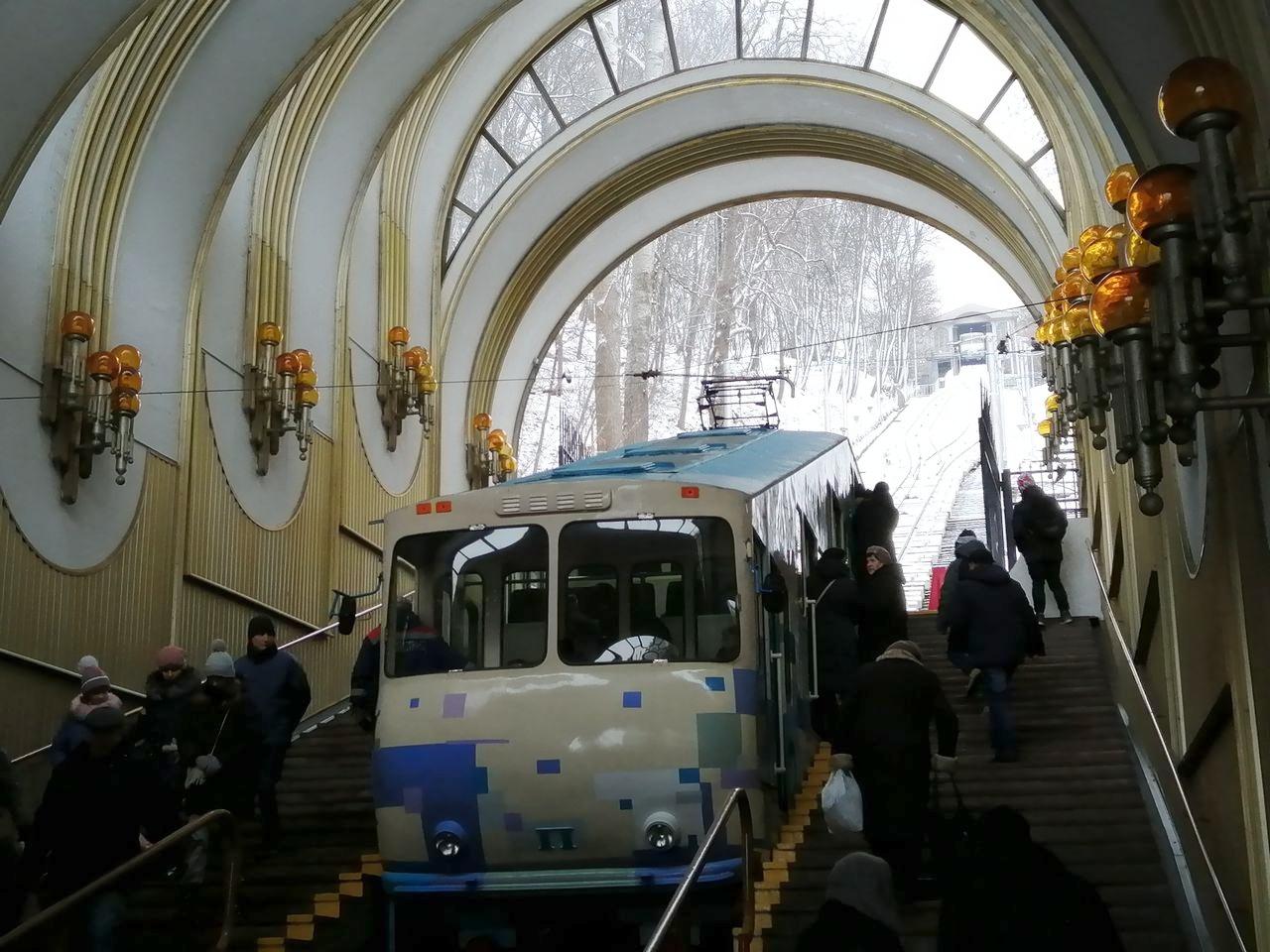 El trayecto en funicular, que une la parta baja y alta de la ciudad, es económico.