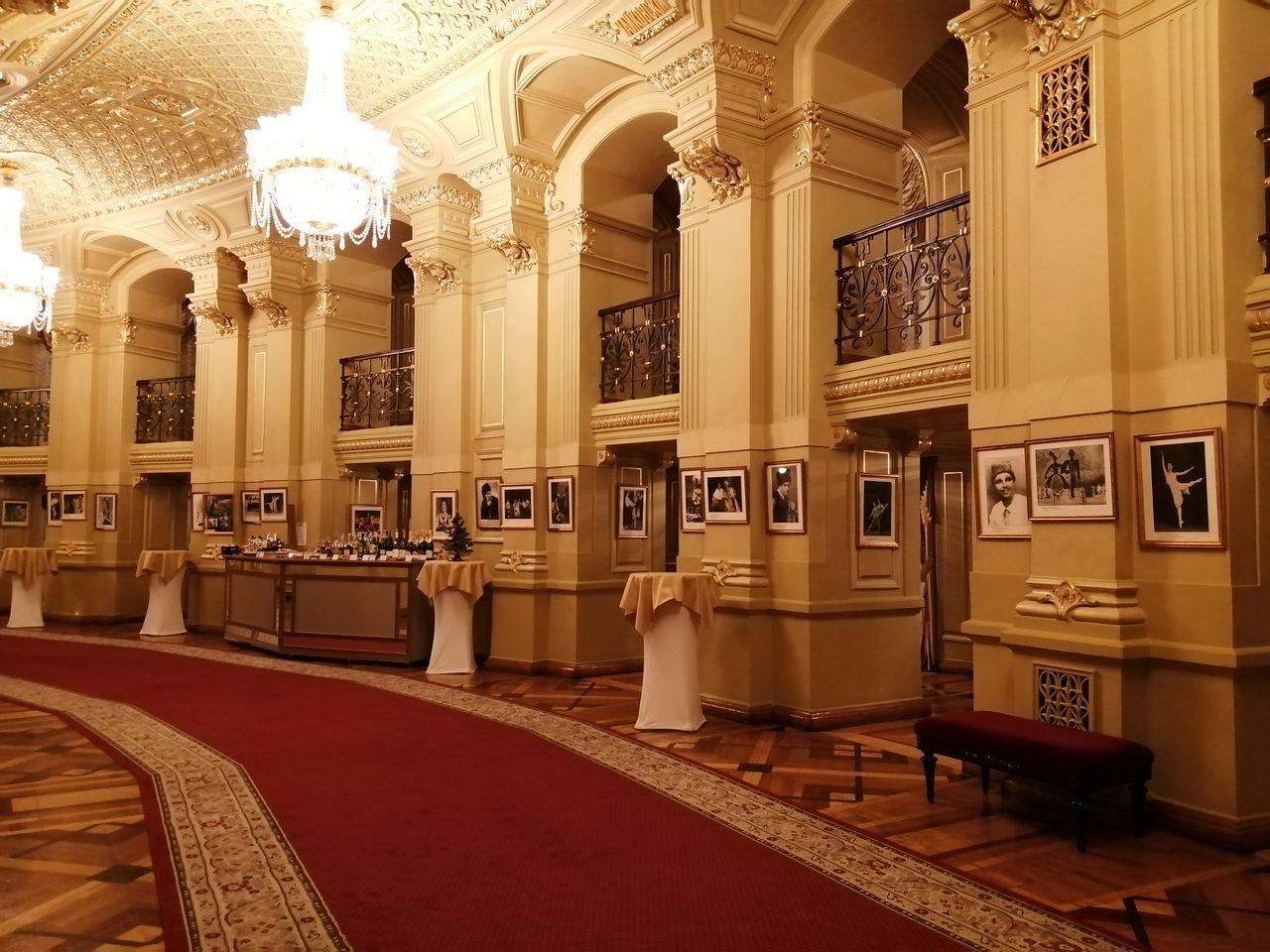 Cuánto cuesta viajar a Kiev: ¿qué te parecería pagar 4€ por ver El Cascanueces en la Ópera Nacional?
