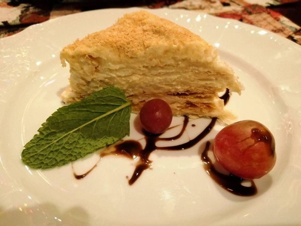 Y para terminar, la tarta de Napoleón, mi dulce favorito de la gastronomía en Kiev.