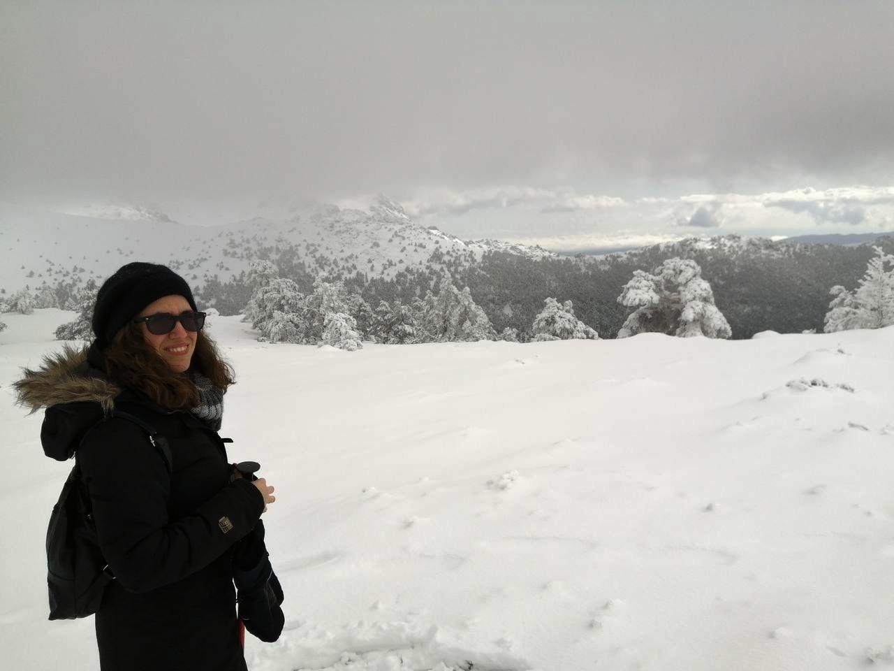 Excursión con raquetas de nieve en Madrid: puro disfrute en plena naturaleza.