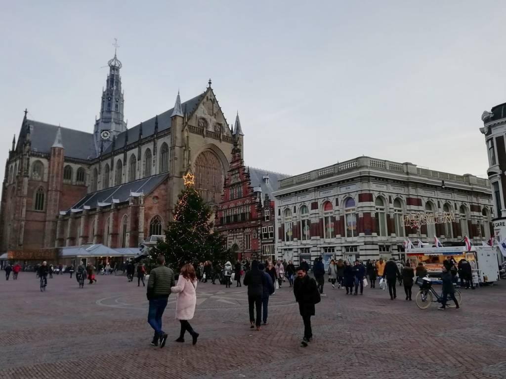 Grote Markt es el punto neurálgico de Haarlem.
