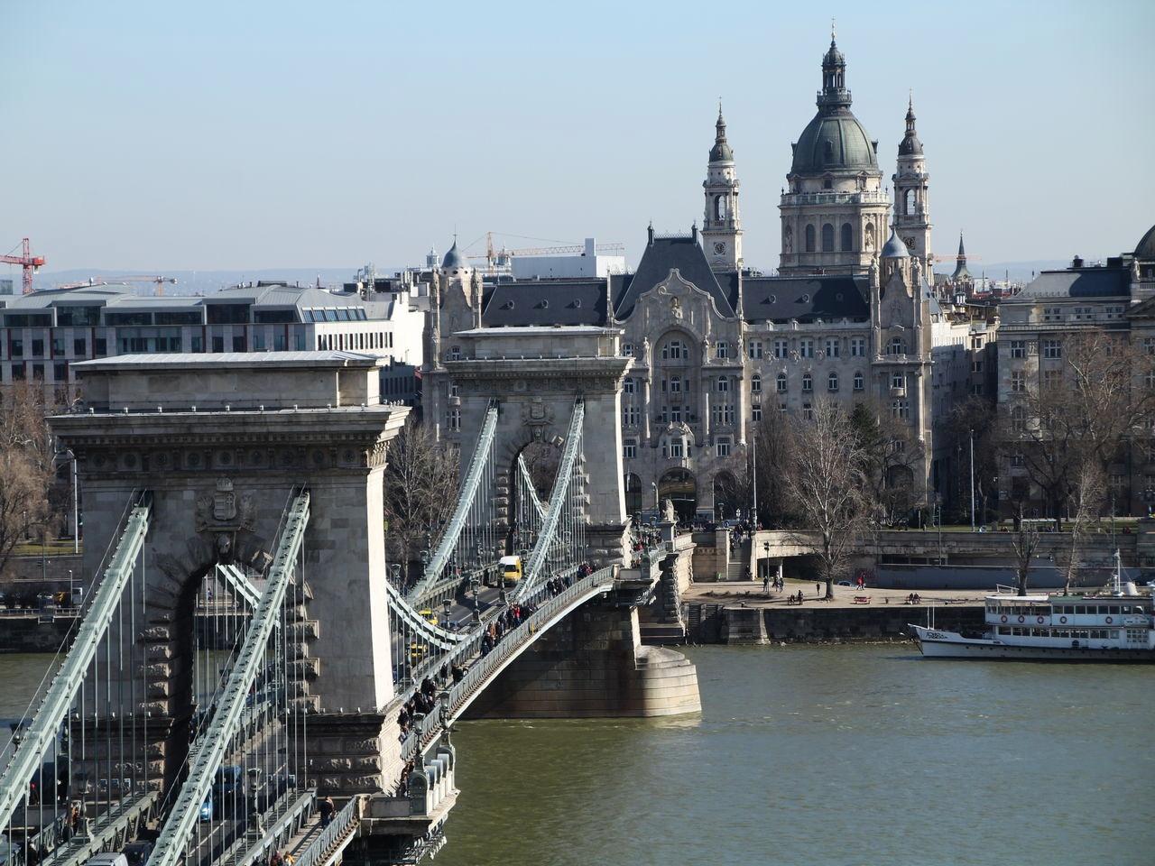 Cuánto cuesta un viaje a Budapest: vistas del Puente de las Cadenas.