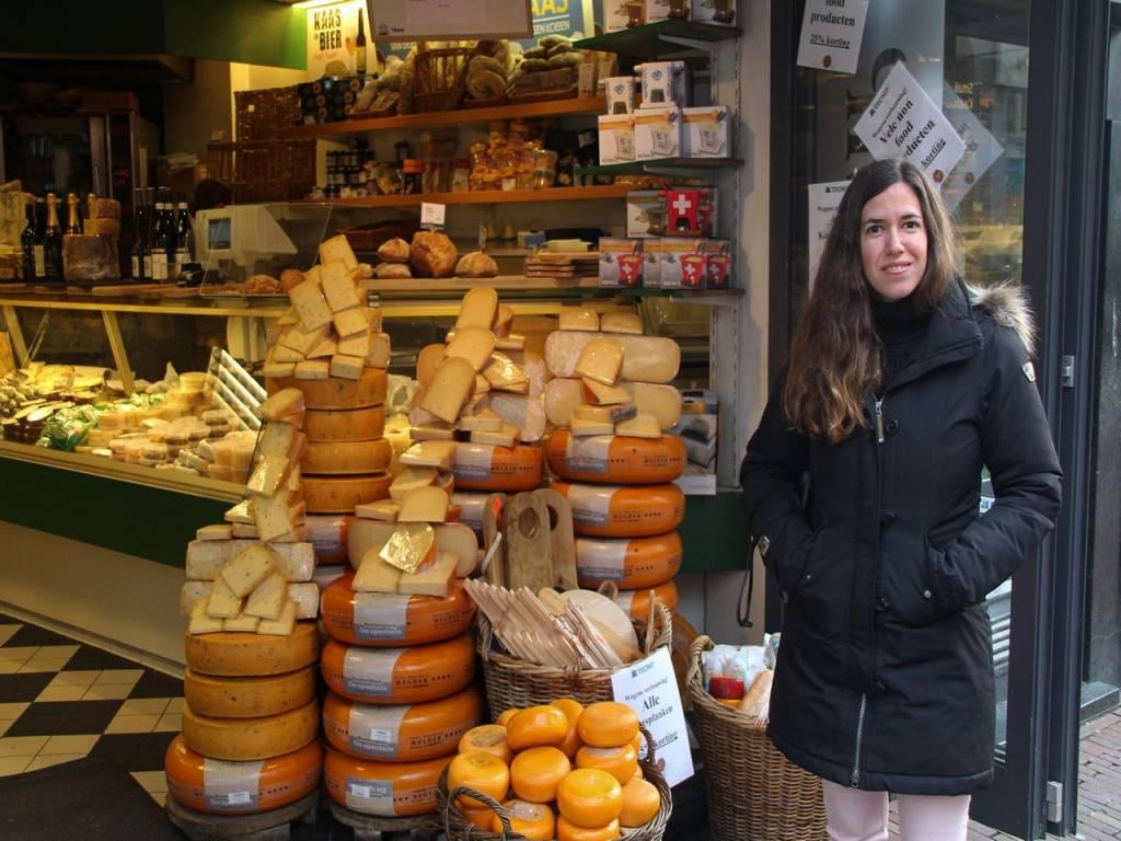 Tienes que ver en Haarlem en un día alguna tienda de productos típicos. ¡Su queso está espectacular!