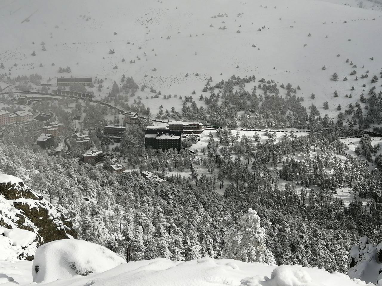 A continuación te cuento dónde comprar raquetas de nieve para disfrutar de paisajes como éste.