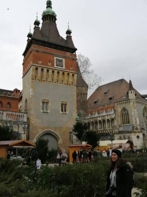 Fue una gran sorpresa encontrar el Castillo Vajdahunyad en pleno City Park.