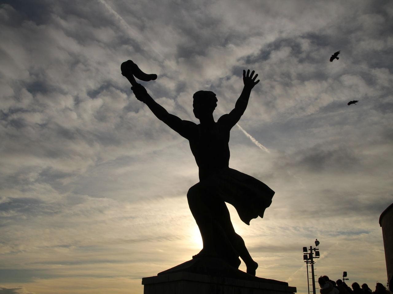Qué ver en Budapest: Monumento a la Liberación en la Ciudadela.