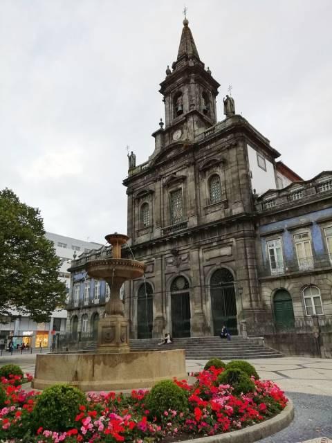 Qué ver en Oporto: Iglesia de la Santísima Trinidad.