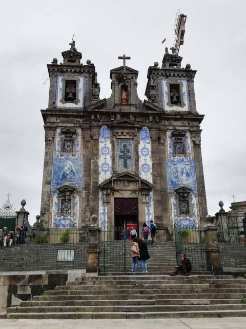 La iglesia de San Ildefonso es uno de los templos más soberbios de la ciudad.