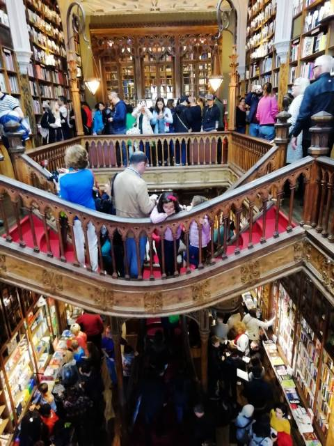 Qué ver en Oporto: librería Lello, famosa por la saga de Harry Potter.