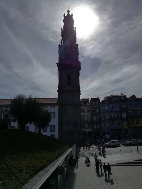 Puedes subir a la Torre de los Clérigos, de 76 metros de altura, para disfrutar de las vistas.