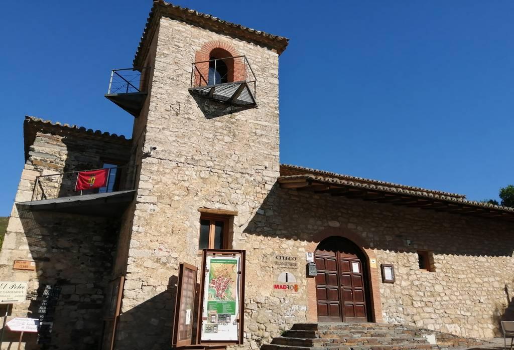 Antigua Iglesia de San José, que actualmente es la Oficina de Turismo de Patones.