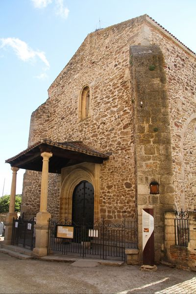 La Iglesia de Santa María del Castillo es la única parroquia que se conserva de las cuatro que había en el siglo XVI.