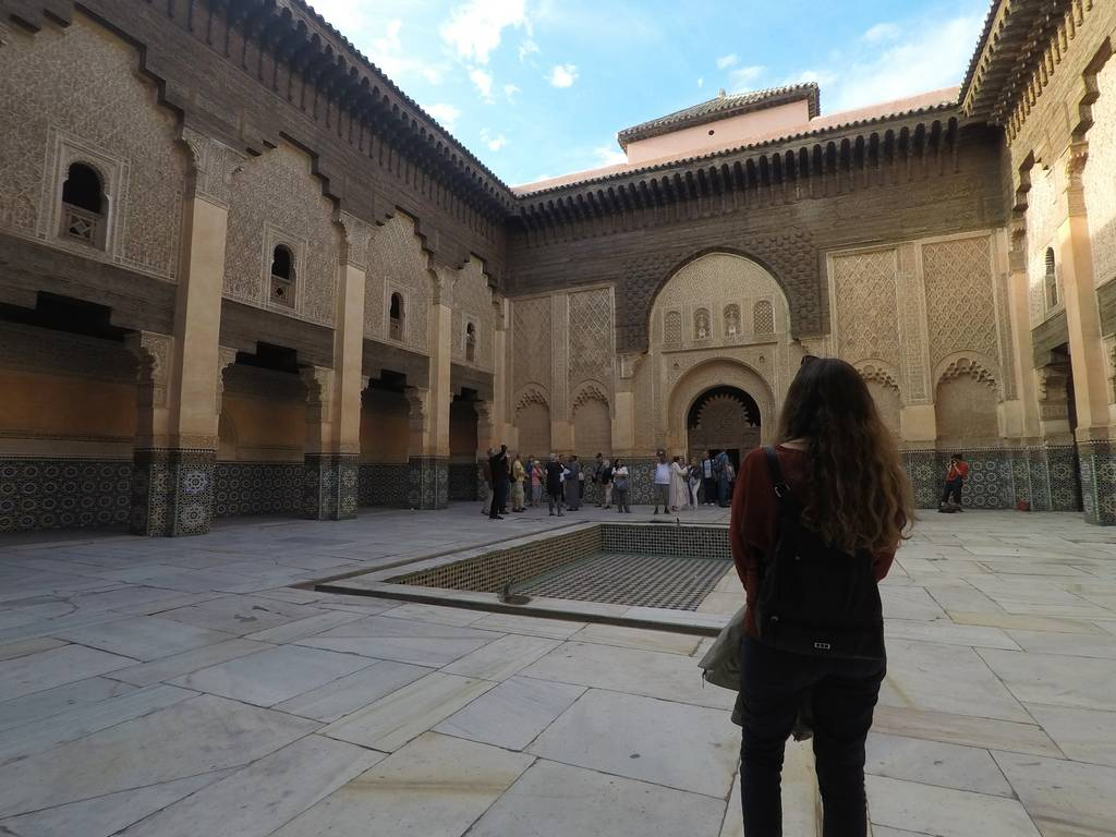 La Medersa Ben Youssef es una antigua escuela coránica donde estudiaban el Corán 800 alumnos.