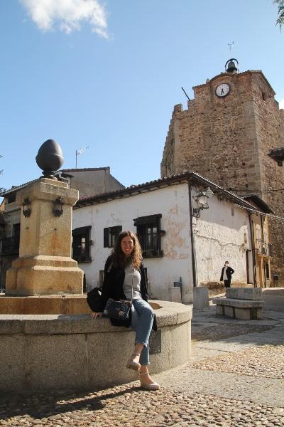 La Plaza de la Constitución es el centro neurálgico que ver en Buitrago de Lozoya.