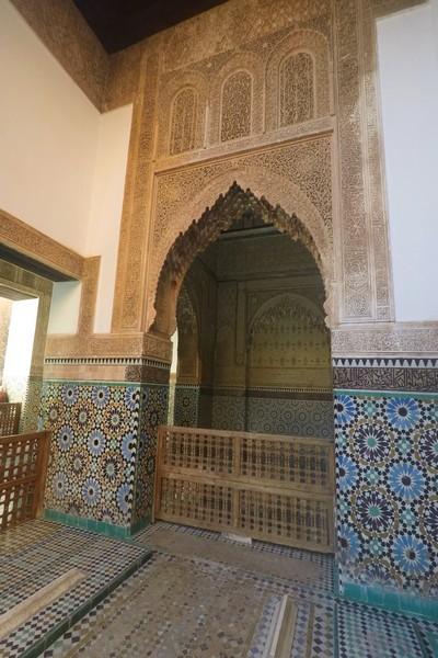 Tienes que ver en Marrakech las tumbas saadíes, redescubiertas en 1917.