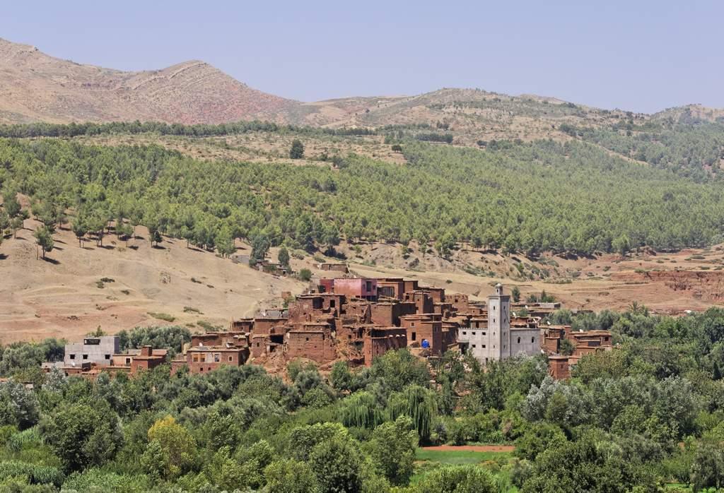 El Valle del Ourika ofrece paisajes arcillosos y montañosos.