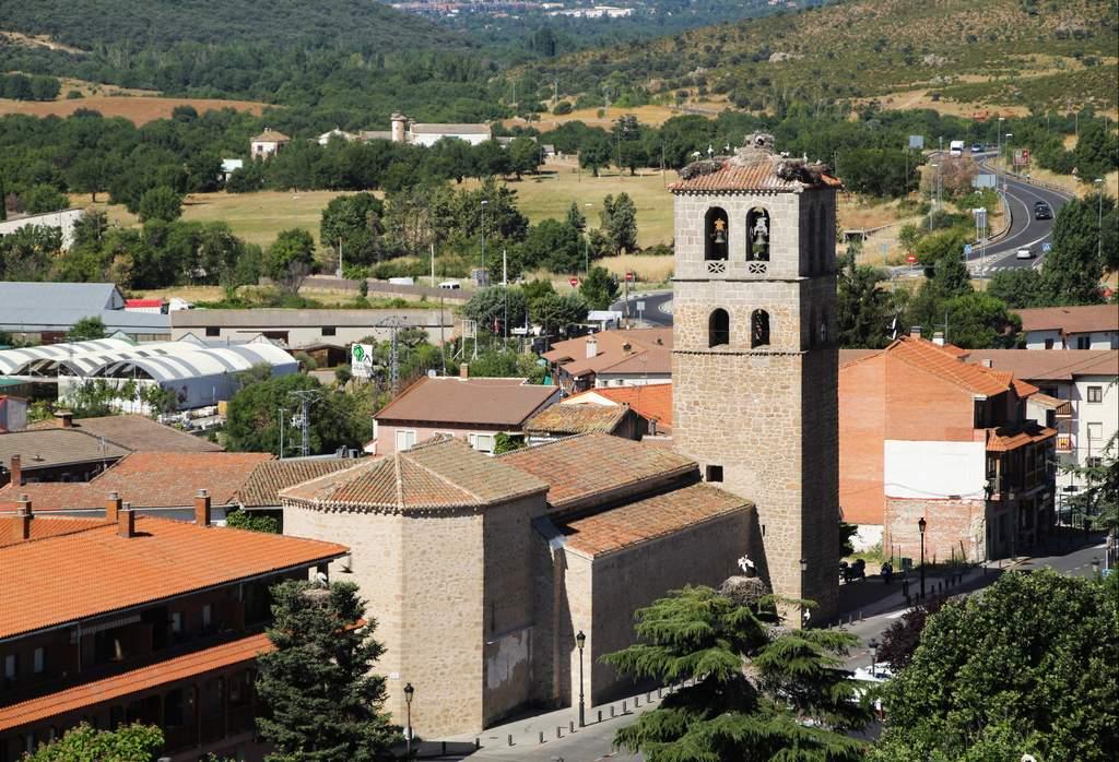 Vistas de la Iglesia de Nuestra Señora de las Nieves desde el castillo nuevo.