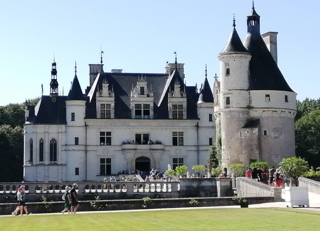 ¿Sabías que esta fortaleza es la más visitada del Valle del Loira junto con la de Chambord?