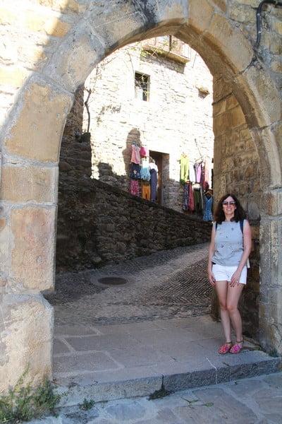 El Portal de Afuera es una de las antiguas puertas de acceso a la villa.