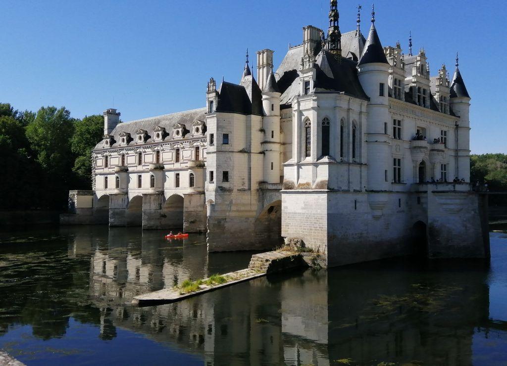El castillo de Chenonceau no debe faltar en tu ruta por los castillos del Loira en 3 ó 7 días.