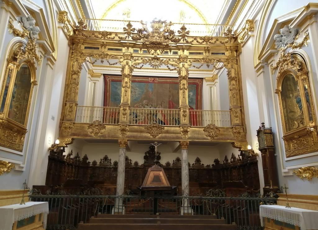 La Real Colegiata de la Santísima Trinidad es uno de los imprescindibles en La Granja de San Ildefonso en un día.