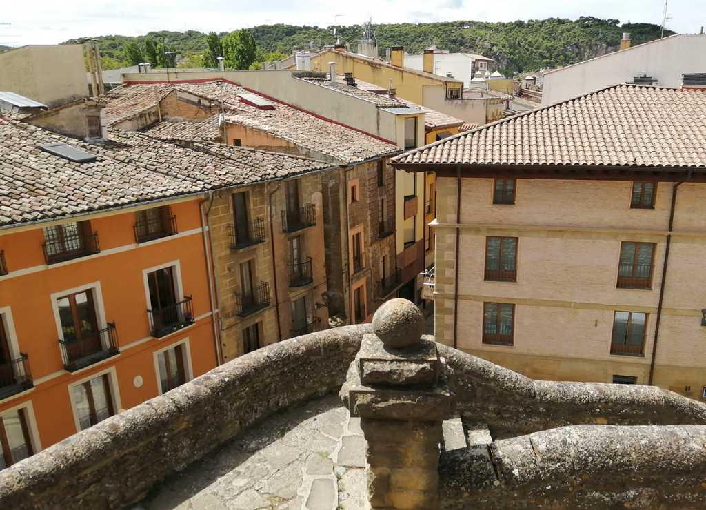 """Vistas de """"Estella la bella"""" desde la Iglesia de San Miguel."""