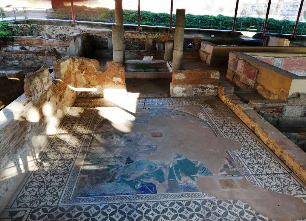 La Casa del Mitreo es una antigua vivienda romana a las afueras de Augusta Emérita.