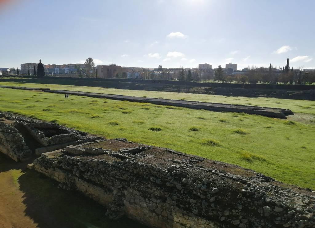 El circo romano es otro de los sitios más famosos que ver en Mérida por su historia.