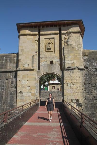 La Puerta de San Nicolás era el principal acceso a la ciudad durante los siglos XV y XVI.